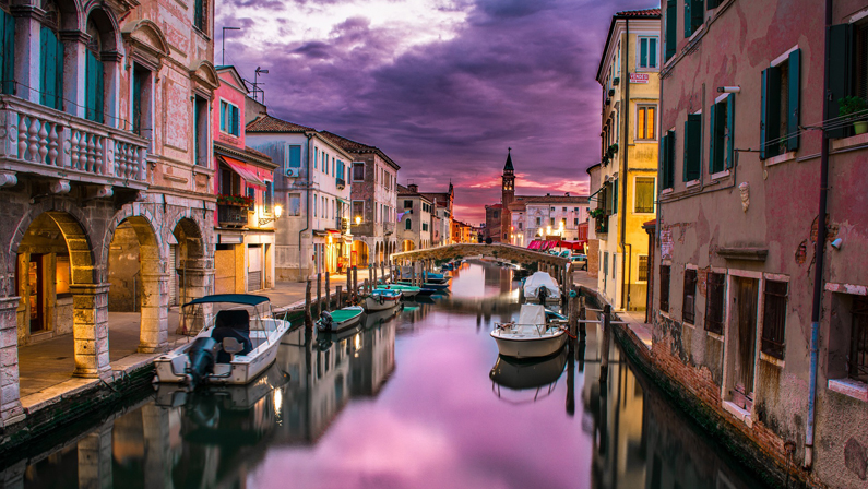 Italy Canal Tour